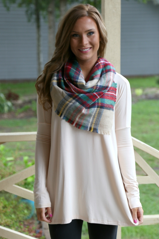 beige piko top